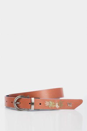 Cinturón doblefaz macra de cuero para mujer punta bordada