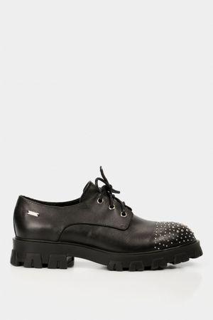 Zapatos cordón tipo derby de cuero para mujer taches metálicos